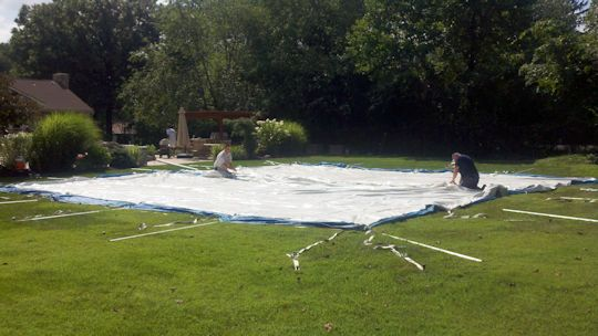 Installtion of a 40 x 40 White pole tent